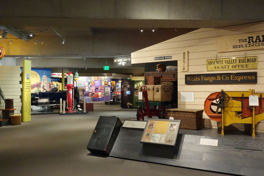 The Oakland Museum of California.  Photo credit:  Daderot [CC0]