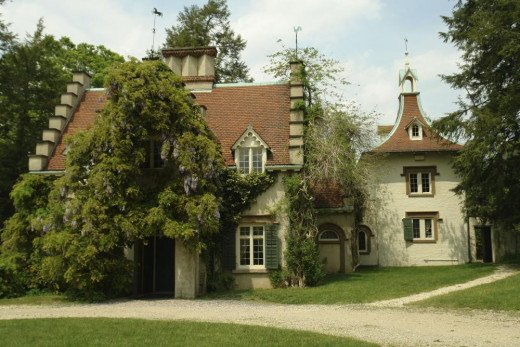 """Washington Irving's """"Sunnyside"""", the cottage that grew into a literary shrine and influenced Curwood"""