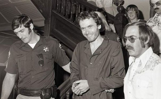 Ted Bundy being led through the Pitkin County, Colorado, courthouse in 1977. Photo courtesy of Glenwood Post.