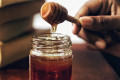 11 Awesome Top Benefits of Honey