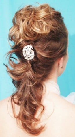 Partial updo hairstyles, curly hair, flowers