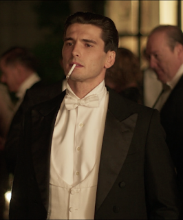 Don't judge me. It's been a long time since I've seen a man this fine in any television series or movie. Anyways, you should also know that Cable Girls takes on many issues, some of which includes domestic violence +LGBTQ.