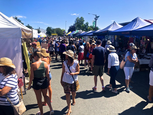 Sunday Motueka Markets, parking is at a premium when they are on