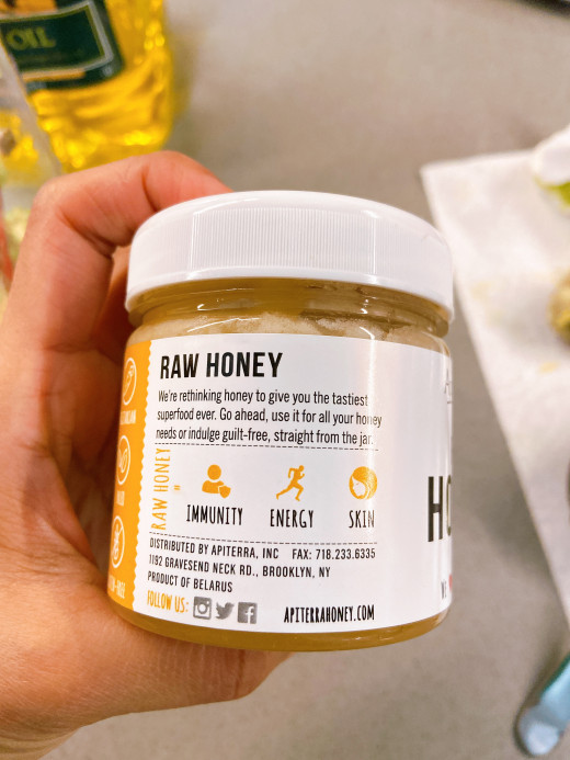 It shown that we can use raw honey for health purposes including immunity, energy, and skin.