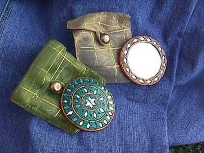 Compact mirrors often come with their own carrying cases