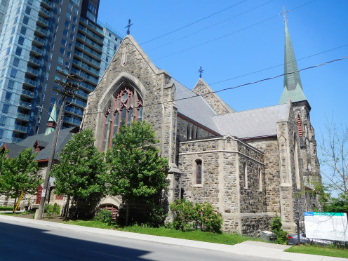 View from Queen Street : Christ Church Cathedral (Ottawa)