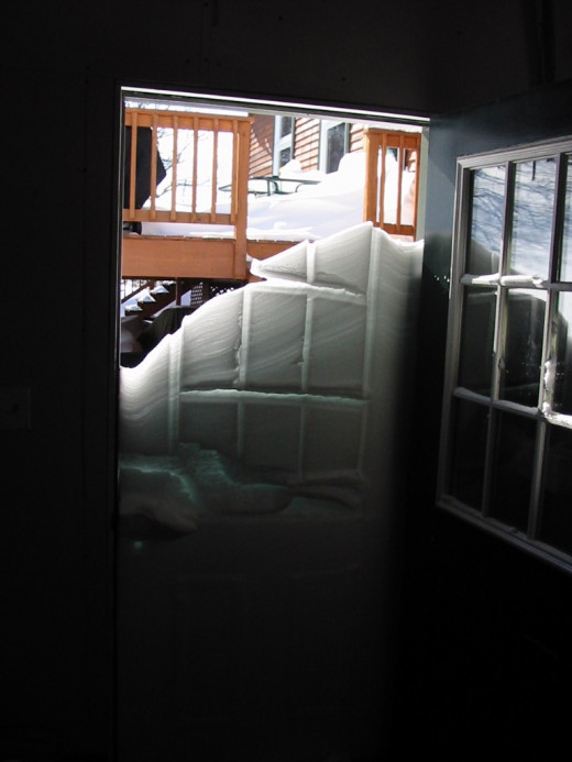 These were the kind of snow amounts we had to get used to. Note the imprint of the door and windows in the snow bank when I opened the side door to the garage.