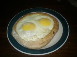 Hungry? Easy to Make Egg-Pita