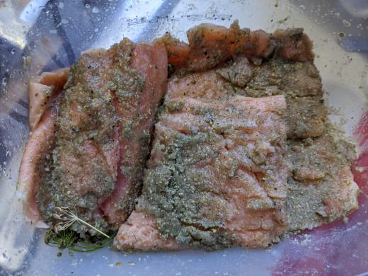 Coat salmon with remaining seasonings.