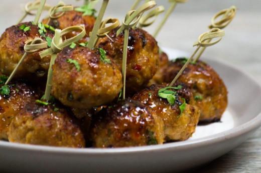 Vietnamese lemongrass chicken meatballs