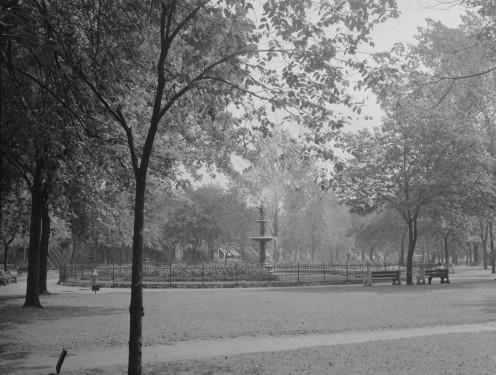 Square Sir George-Etienne-Cartier / Sir George-Etienne Cartier Square, St. Henri, Montreal, 1945