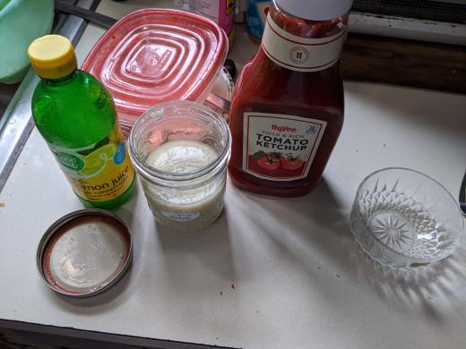 Ketchup, horseradish, lemon juice