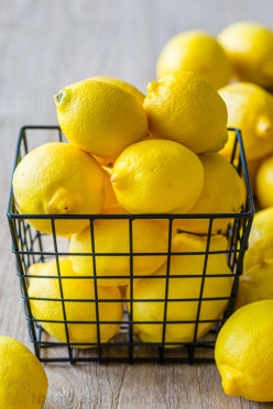 12 Brilliant and Wonderful Things You Can Do With Lemons