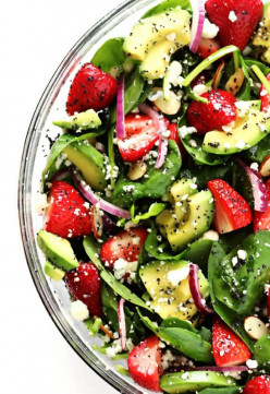 Strawberries With Spinach Salad