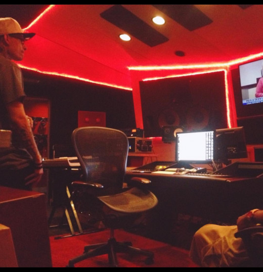 In the studio at DARP with Ricky Racks has produced for young thug, Eminem, migos , rich the kid