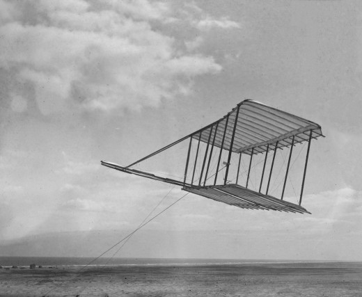The 1900 glider. No photo was taken with a pilot aboard.