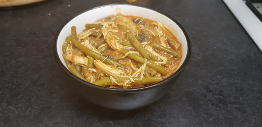 Day 5 - Dinner - Home-made slow cooker butter chicken with mushrooms and green beans