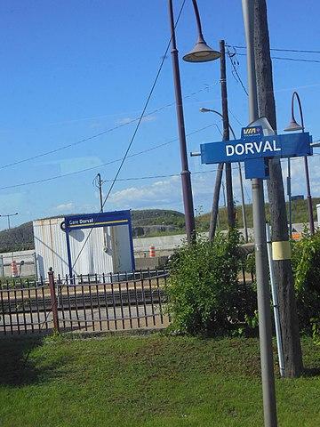 Dorval Station (AMT and VIA), Québec.