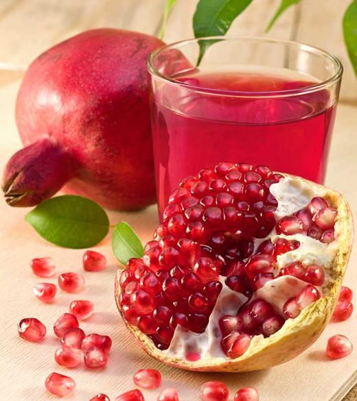 Pomegranate Juice keeps arteries healthy