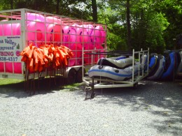 Rafting & Tubing rental with pickup available at the campground office.