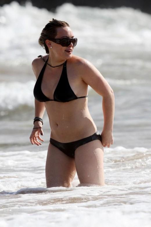 Hilary Duff Bikini Pictures