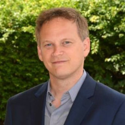 Grant Shapps: Lessening the Two Metre Distance.