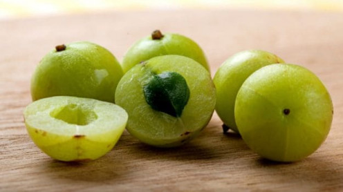 Amla is rich with vitamin C and antioxidant.
