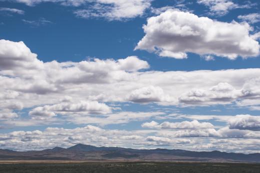 A beautiful sky full of clouds.