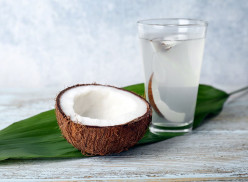 10 ways How Drinking Coconut Water Every Day Promotes Good Eating Habits