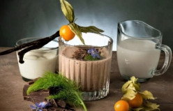 Almond Drink Mixed With Dark Flakes