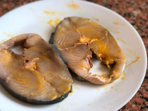 Marinated Fish Pieces with Salt and Turmeric powder