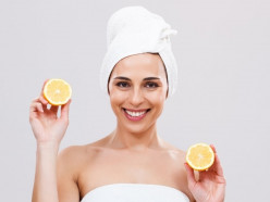 8 Effective Lemon Remedies To Get Rid Of Dark Circles