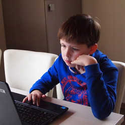 Mental Problems Are Increasing in Students Due to Excessive Use of Gadgets Due to Online Classes