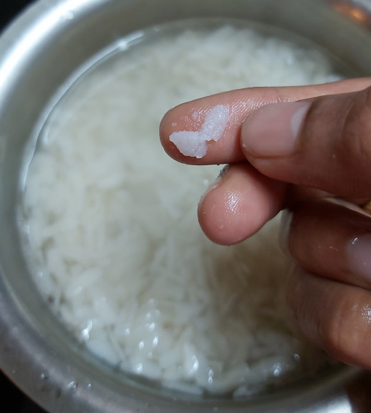 Check if poha is soft by crushing between fingers. If it breaks  easily, it is soft enough and ready. If not, soak some more time.