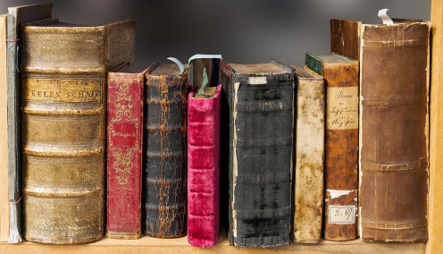 donate old books to the library