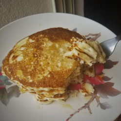 The Easiest and Fluffiest Vegan (Eggless) Pancakes Ever!