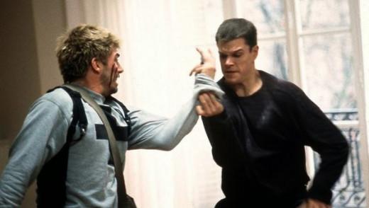 Bourne in The Bourne Identity (2002)