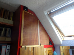 How-to Make Folding Doors for Cupboards