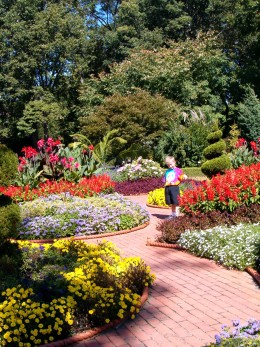 This is part of the Victorian Garden area, it is simply amazing and beautiful!