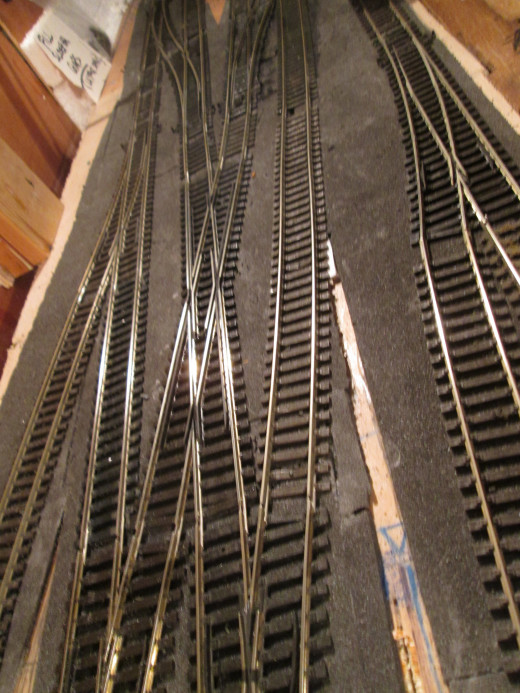 The junction viewed towards Unit 3, a simple diamond crossing replaced the double slip - that 'kink' in the rails needs to be sorted (see below)...