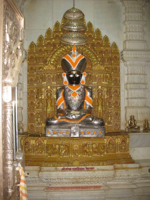 Tirthankar Sumatinath, Mulanayaka, Sancha Sumatinath Temple, Talheti, Palitana.