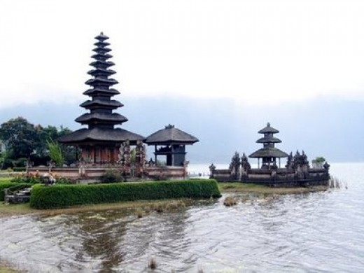 Bedugul Lake and Temple