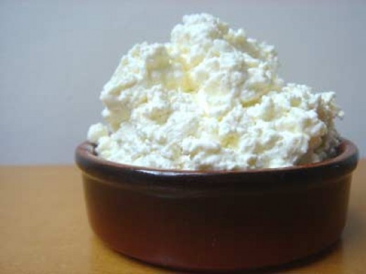 Cottage cheese can also be supplemented to fulfill a bodybuilder's protein need instead of buying whey protein