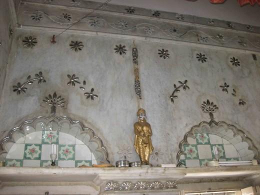 Beautiful silver work in the wall