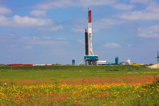A drilling rig near Shiner, TX.