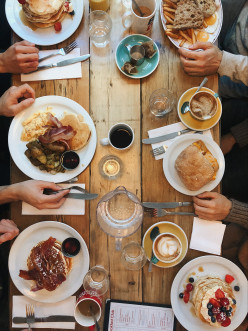 10 Reasons Why Eating 6 Meals a Day is Too Many