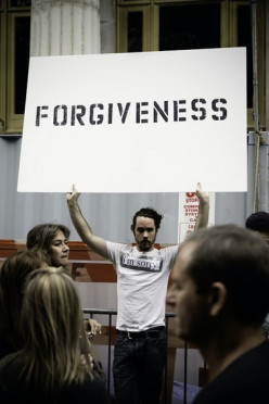 If You Don't Forgive Yourself Now, You'll Hate Yourself Later: 3 Reasons Why
