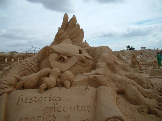 After seeing the sand sculptures on the beach we decided to visit a great exposition near by
