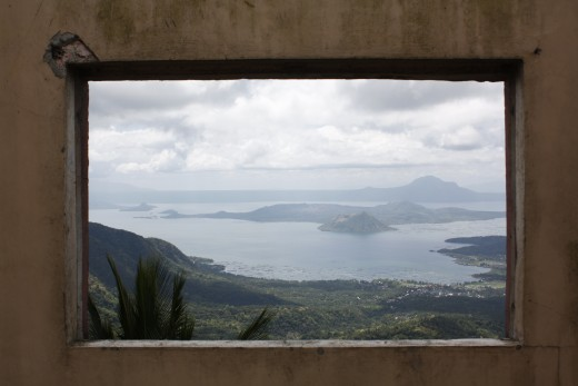 an unedited framed portrait of Taal Lake