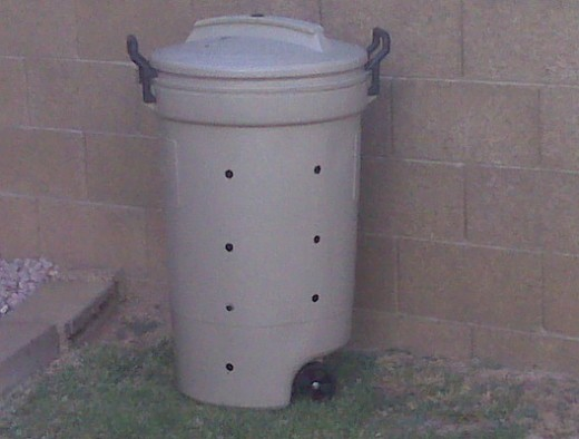 Home made trash can composting bin